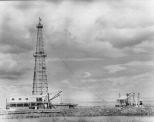 Bayou_Oil_Wells Flaherty 1947 Pecan Island Neg 50354
